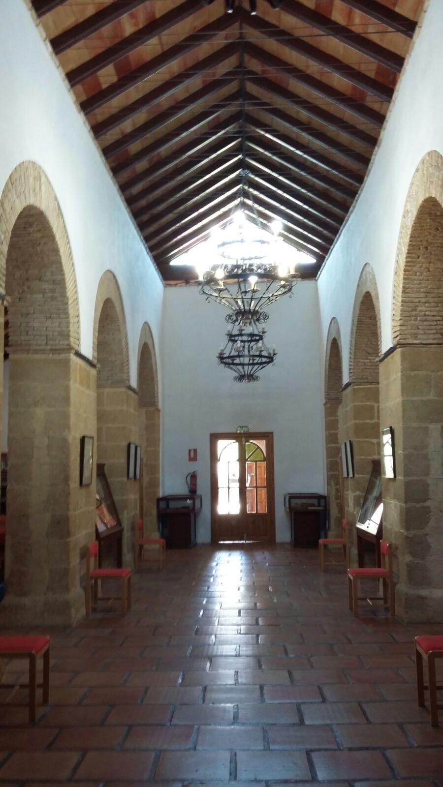 Biblioteca Pública Municipal de Iznájar 5
