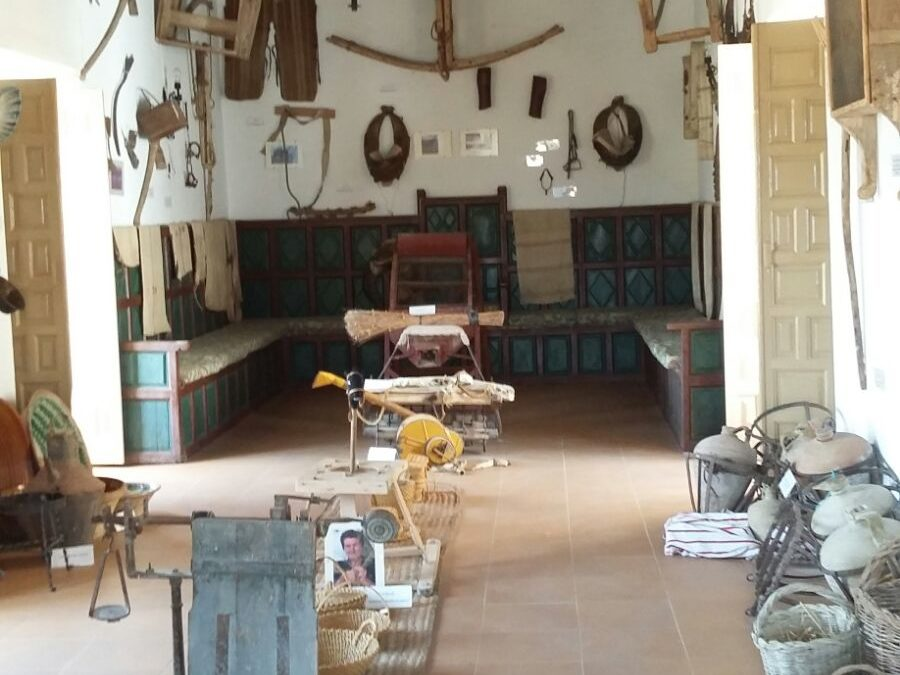 Museo de Aperos de Labranza y Tradiciones Populares 1