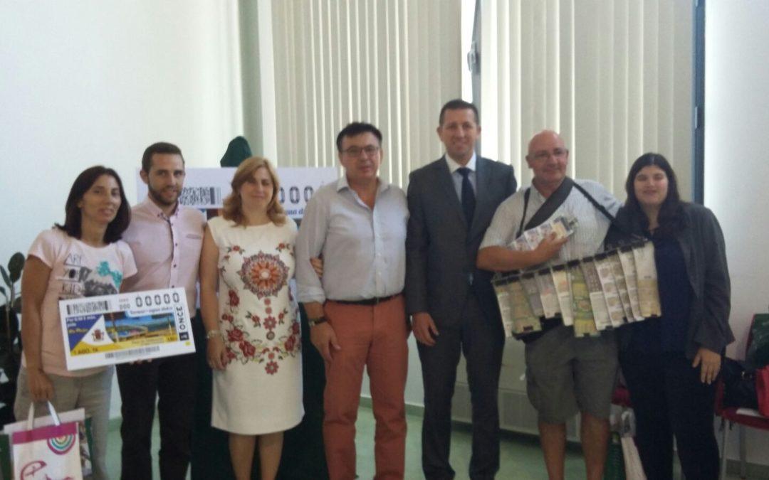 La ONCE estrena serie monográfica de cupones con la Playa de Valdearenas 1