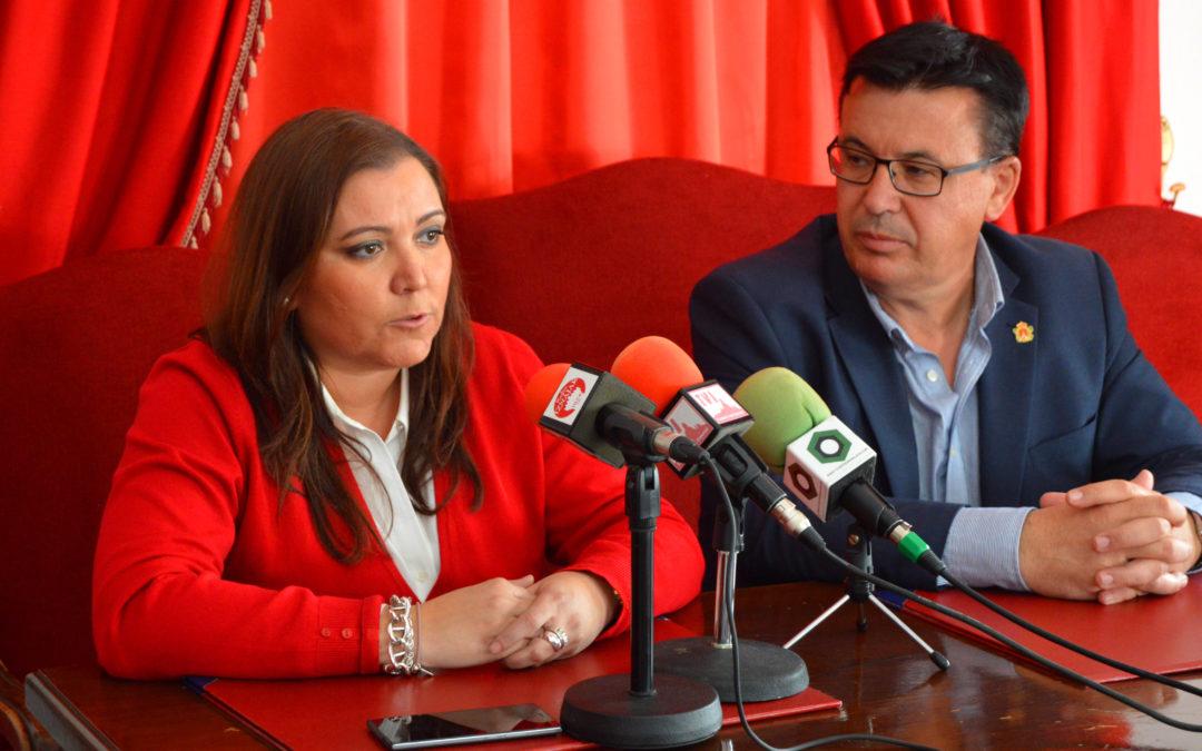 Ana Carrillo, reitera el compromiso de la Diputación con Iznájar 1