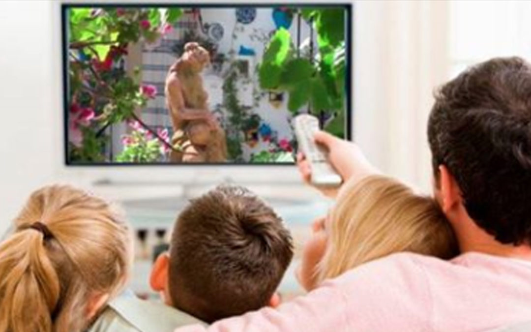 El Ayuntamiento de Iznájar propicia la llegada de empresas que lleven la Televisión e Internet a todos los rincones del municipio 1