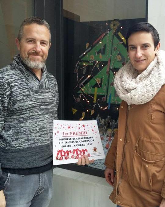 El Ayuntamiento de Iznájar da a conocer los ganadores del Concurso de embellecimiento de escaparates e interiores comerciales navideños 2017 1