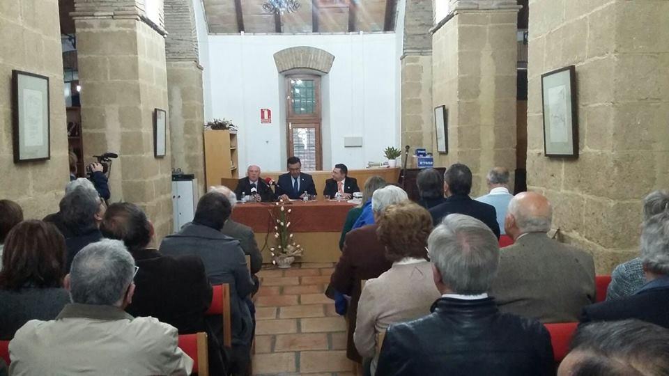 Iznájar acoge la reunión anual de Cronistas Oficiales de la Provincia 1