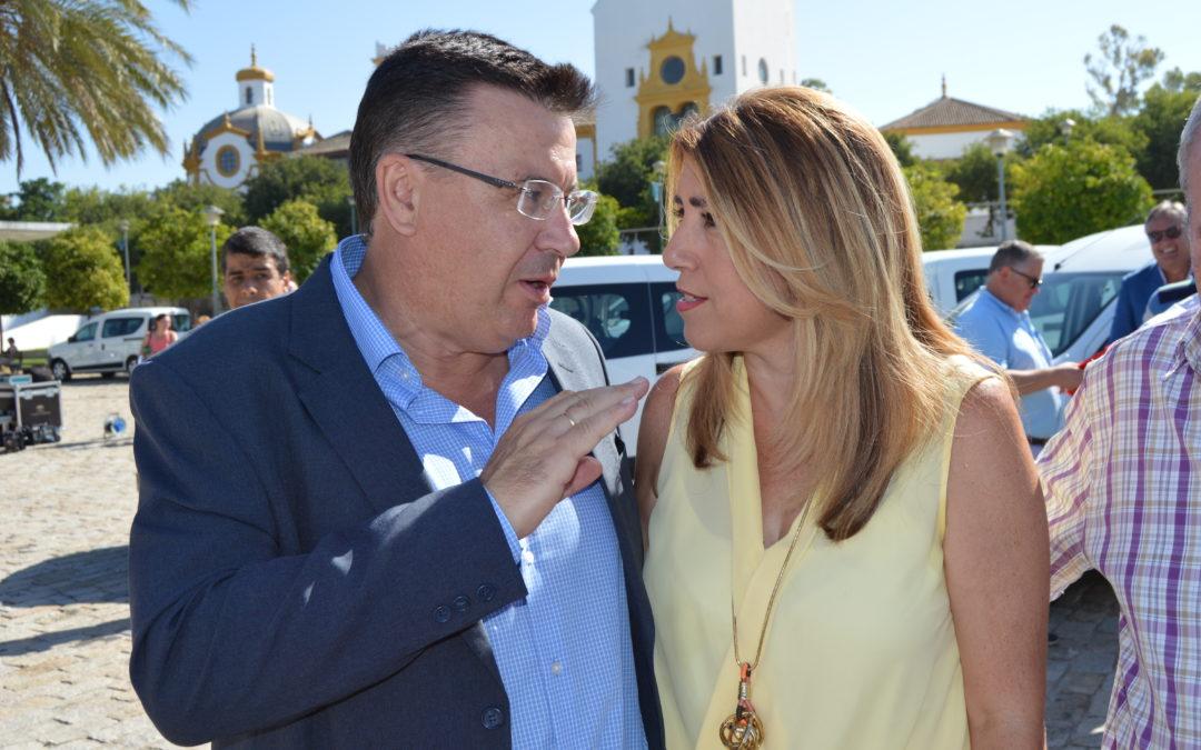 La Presidenta Susana Díaz entrega a Iznájar un vehículo para el servicio municipal 1