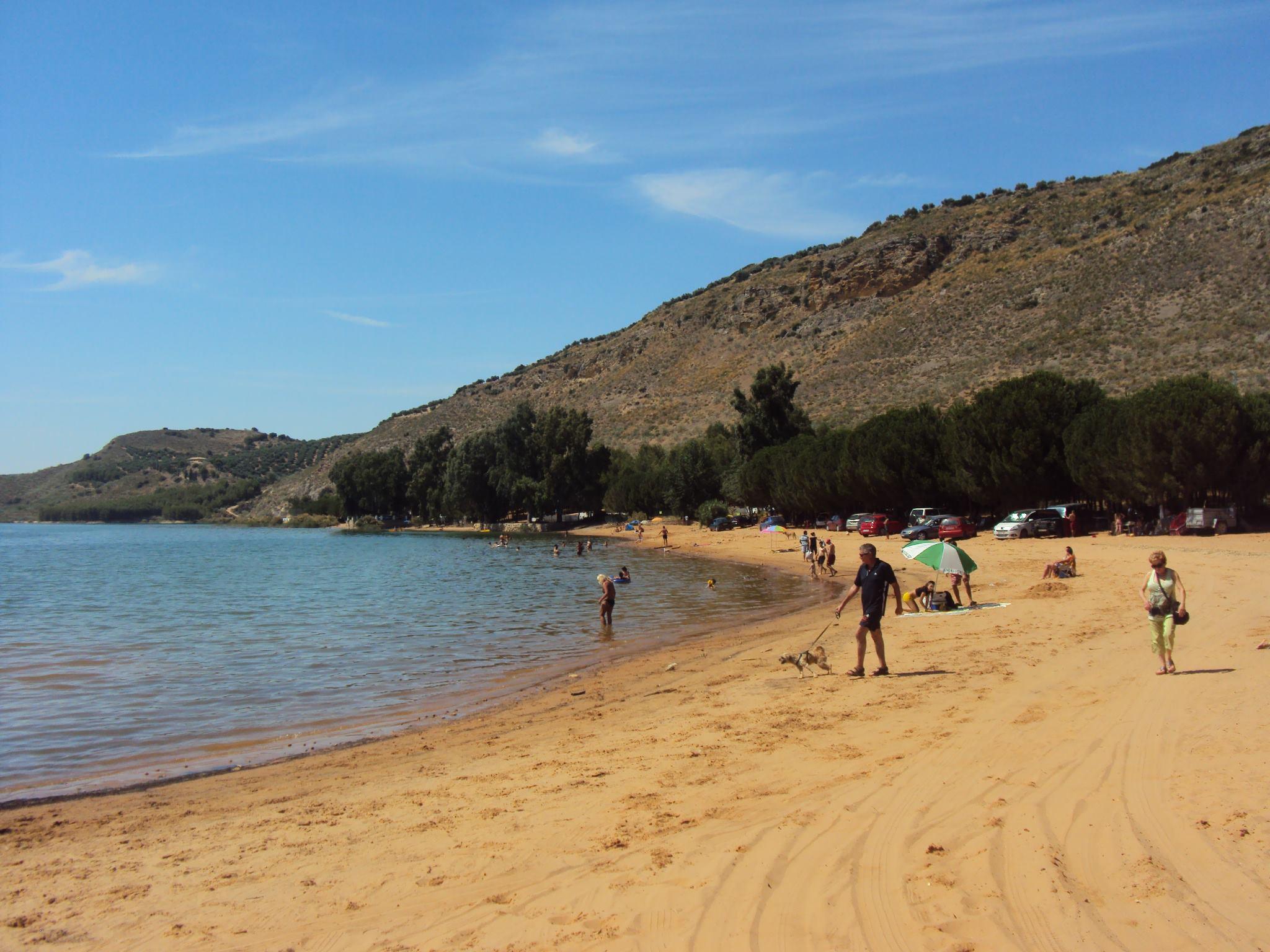 Imágenes Paraje y Playa de Valdearenas, y Centro de Interpretación del Embalse 2