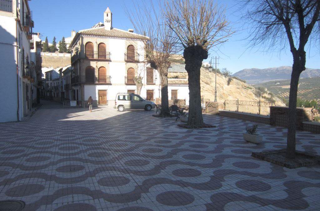 El Ayuntamiento de Iznájar culminará la modernización del Paseo de la Constitución actuando, en esta ocasión, sobre la plaza superior 1