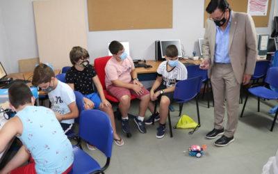 Finaliza el taller de robótica en el Centro Guadalinfo