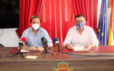 Visita a Iznájar del Delegado del Gobierno de la Junta de Andalucía en Córdoba